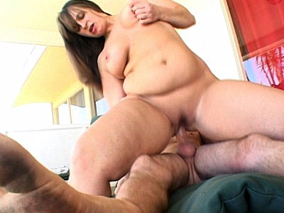 BBW Jamie Rides Dick
